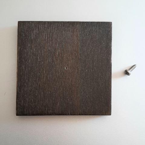 Holzsockel Eiche mit Schraube